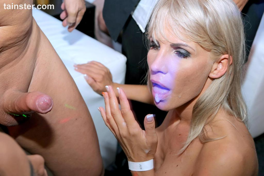 Fotos de sexo em suruba muito boa onde todos gozaram gostoso
