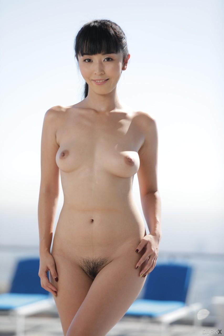 Fotos pornô com asiática novinha gostosa toda pelada querendo gozar