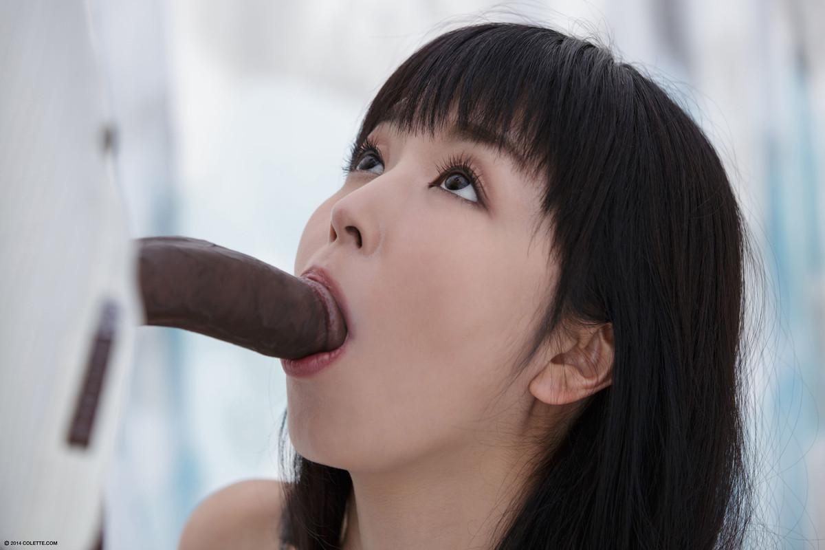 Dupla penetração em Japonesa novinha que deu para dois negões dotados